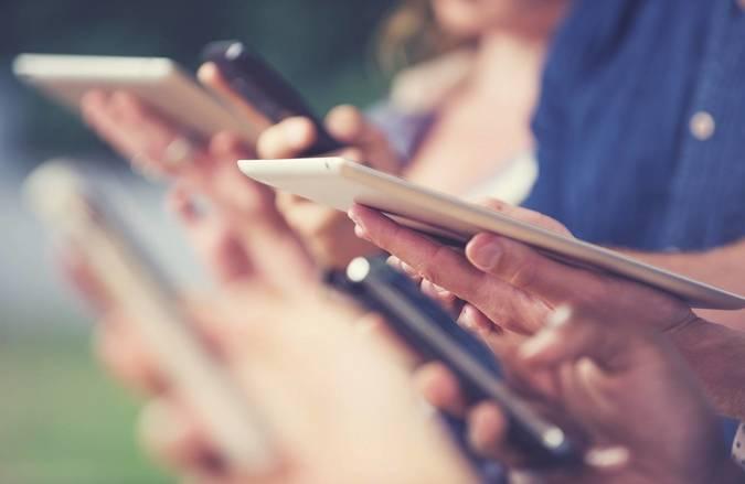 Big digital handouts online